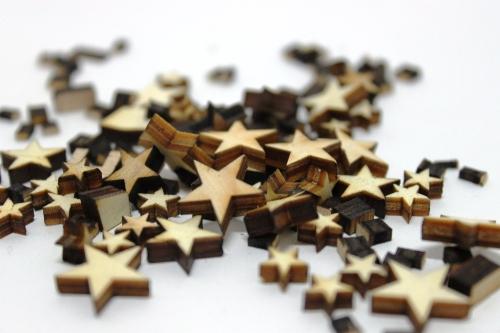 Gravur Reste in Sternform