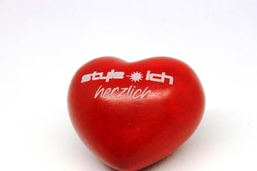 Valentinstag-Geschenke mit Herz und Gravur