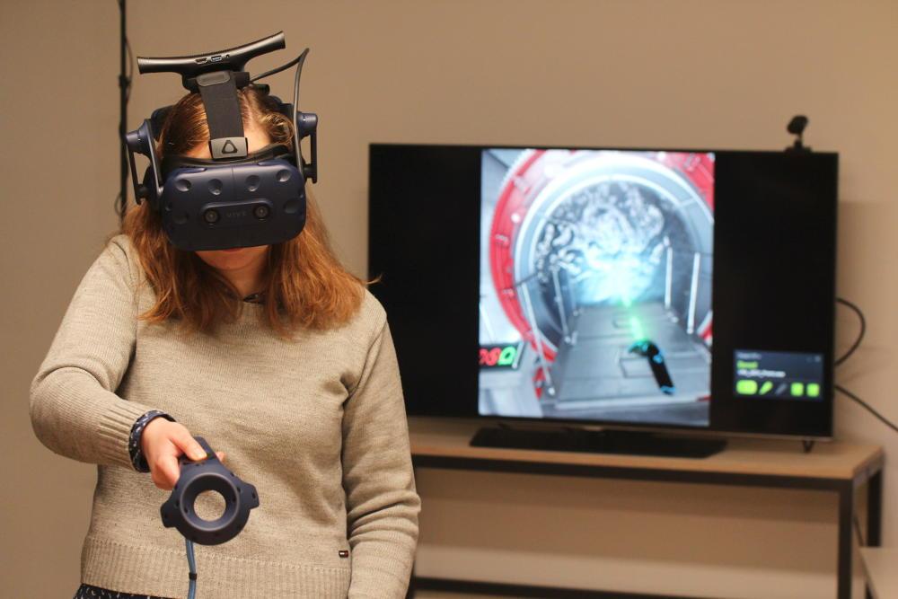 virtual reality overlab