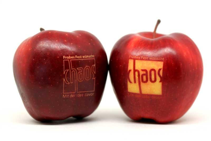 Lasergravur auf Äpfeln