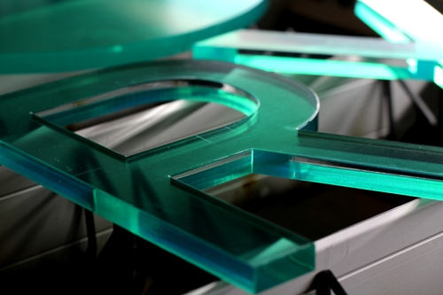 Acryl Laserschneiden 10 mm